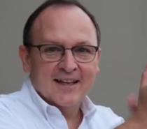 """Sufrimos una infodemia de la pademia y eso nos hace mucho daño"""", dijo el Dr. Julio Vallejos"""